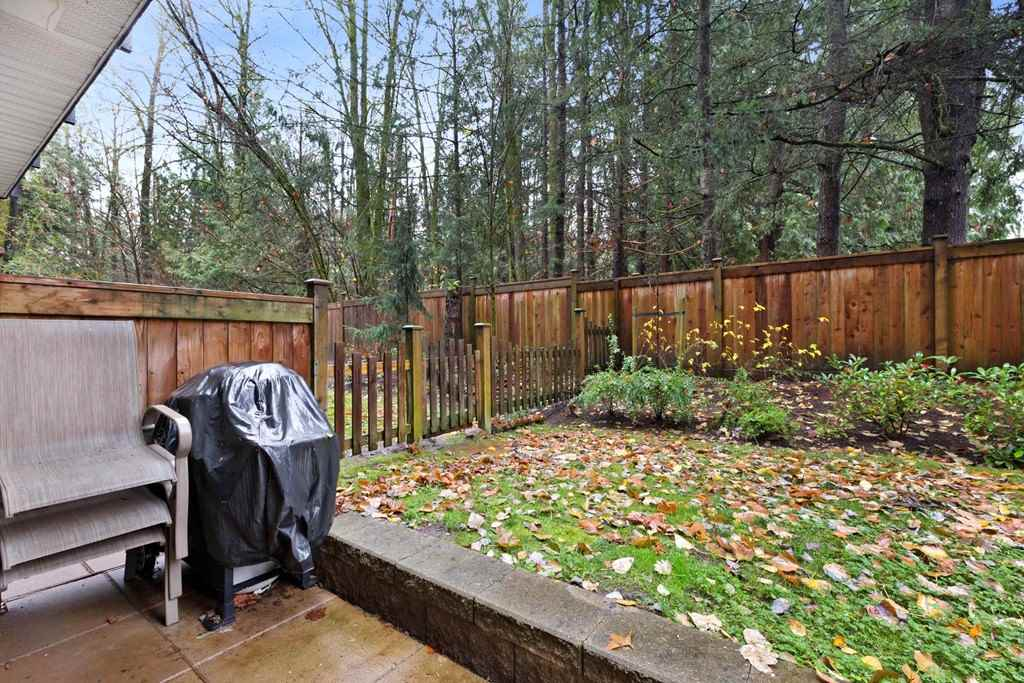 Photo 12: Photos: 110 14358 60 Avenue in Surrey: Sullivan Station Condo for sale : MLS® # R2224068