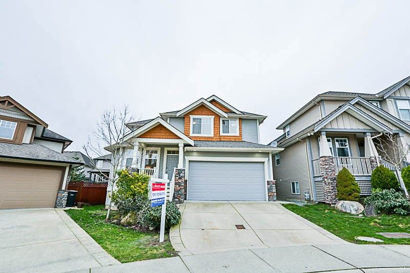 Photo 1: Photos: 6837 196B Street in Langley: Willoughby Heights House for sale : MLS® # R2239434