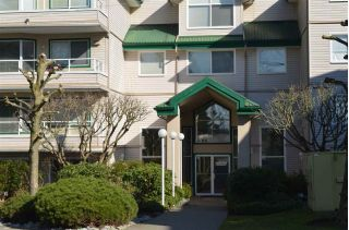 "Main Photo: 220 2750 FAIRLANE Street in Abbotsford: Central Abbotsford Condo for sale in ""THE FAIRLANE"" : MLS® # R2246501"