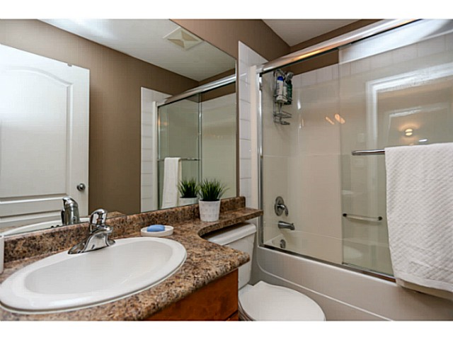 "Photo 15: 44 19141 124TH Avenue in Pitt Meadows: Mid Meadows Townhouse for sale in ""MEADOWVIEW ESTATES"" : MLS(r) # V1029960"