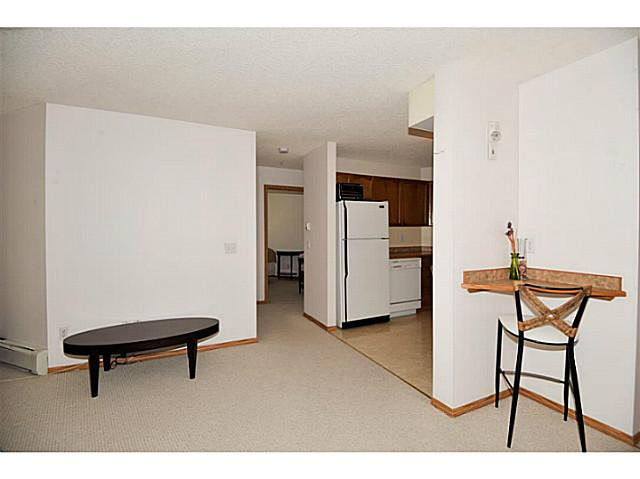 Photo 11: 107 3 SOMERVALE View SW in CALGARY: Somerset Condo for sale (Calgary)  : MLS(r) # C3619597