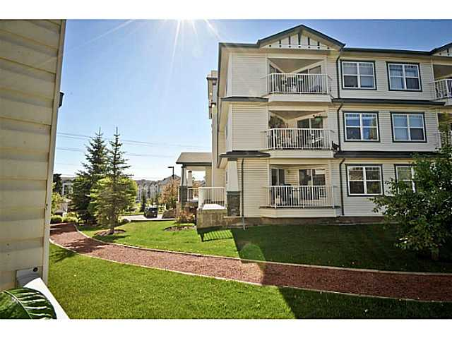 Photo 3: 107 3 SOMERVALE View SW in CALGARY: Somerset Condo for sale (Calgary)  : MLS(r) # C3619597