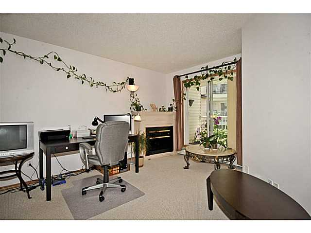 Photo 7: 107 3 SOMERVALE View SW in CALGARY: Somerset Condo for sale (Calgary)  : MLS(r) # C3619597