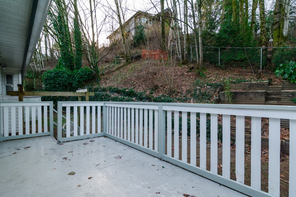 "Photo 29: 3553 DUNSMUIR Way in Abbotsford: Abbotsford East House for sale in ""Lower Ten Oakes"" : MLS® # F1427808"