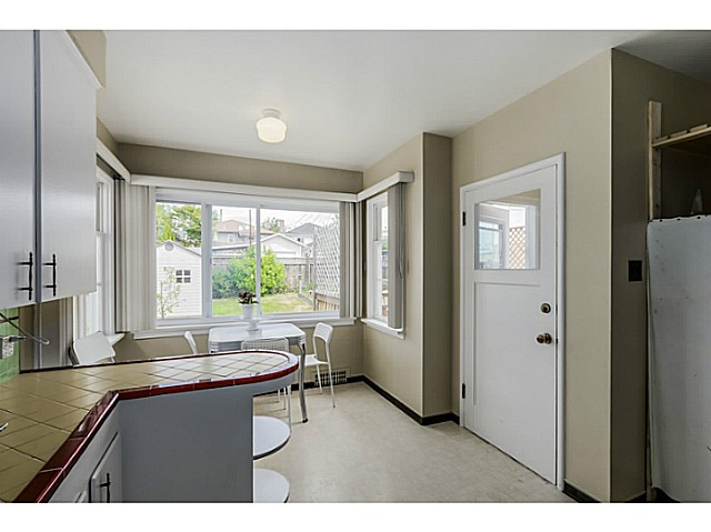 Photo 6: 35 E 58TH Avenue in Vancouver: South Vancouver House for sale (Vancouver East)  : MLS® # V1130474