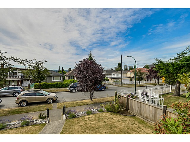 Photo 4: 35 E 58TH Avenue in Vancouver: South Vancouver House for sale (Vancouver East)  : MLS® # V1130474