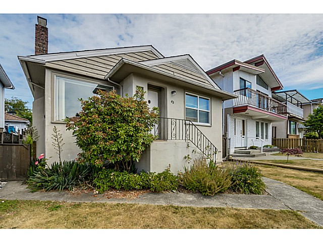 Photo 3: 35 E 58TH Avenue in Vancouver: South Vancouver House for sale (Vancouver East)  : MLS® # V1130474