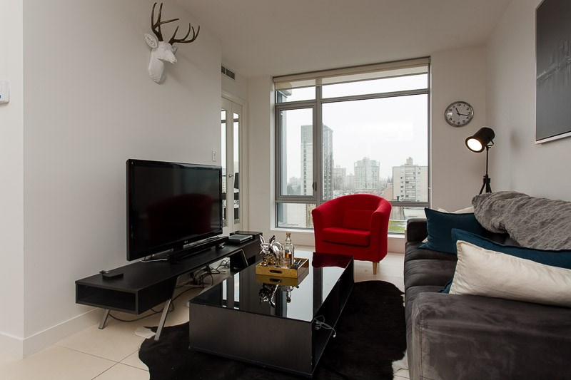 Photo 5: 1106 1028 BARCLAY Street in Vancouver: West End VW Condo for sale (Vancouver West)  : MLS(r) # V1136110