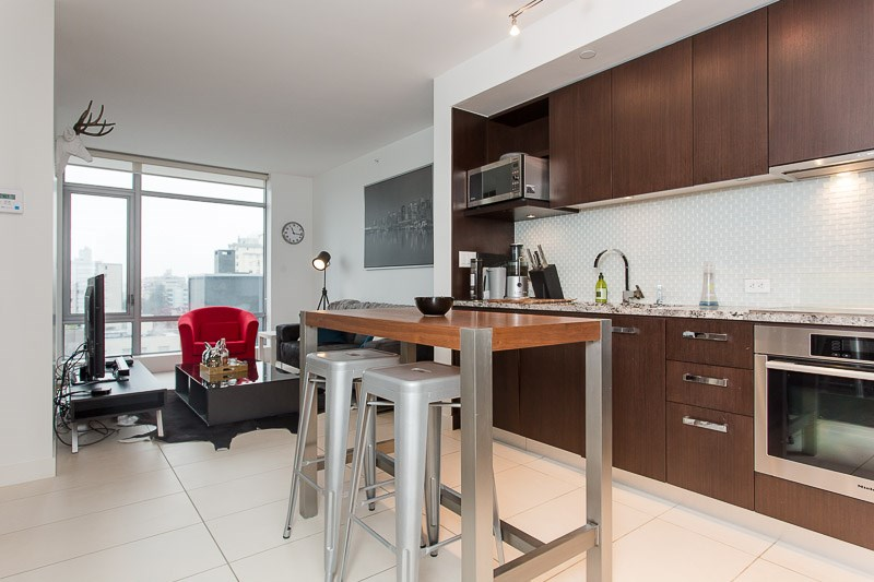 Photo 2: 1106 1028 BARCLAY Street in Vancouver: West End VW Condo for sale (Vancouver West)  : MLS(r) # V1136110