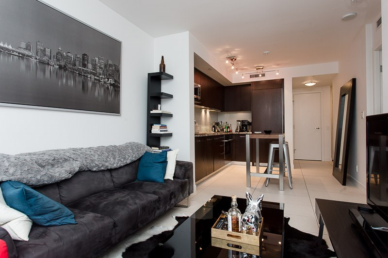 Photo 4: 1106 1028 BARCLAY Street in Vancouver: West End VW Condo for sale (Vancouver West)  : MLS(r) # V1136110