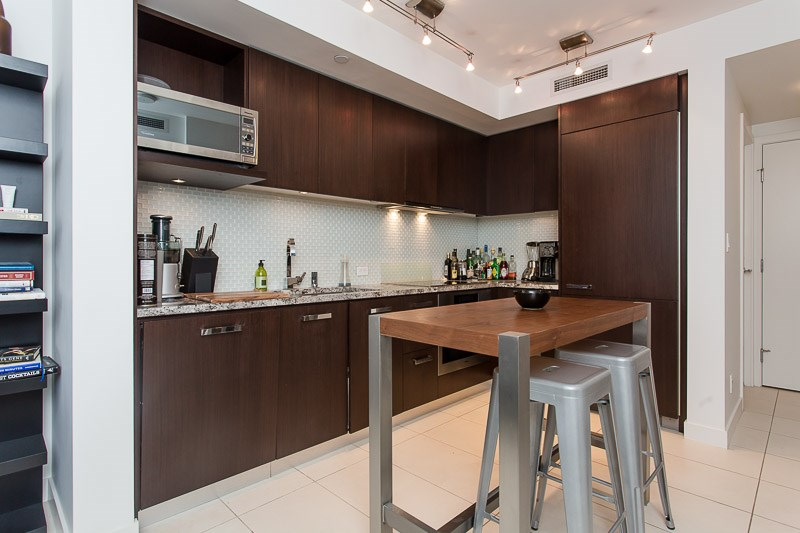 Photo 3: 1106 1028 BARCLAY Street in Vancouver: West End VW Condo for sale (Vancouver West)  : MLS(r) # V1136110