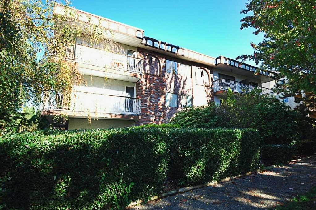 Main Photo: 101 1611 E 3RD Avenue in Vancouver: Grandview VE Condo for sale (Vancouver East)  : MLS® # R2008323