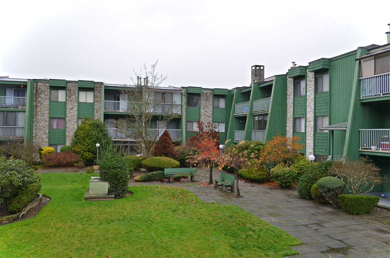 "Main Photo: 101 9202 HORNE Street in Burnaby: Government Road Condo for sale in ""LOUGHEED ESTATES"" (Burnaby North)  : MLS® # R2015732"