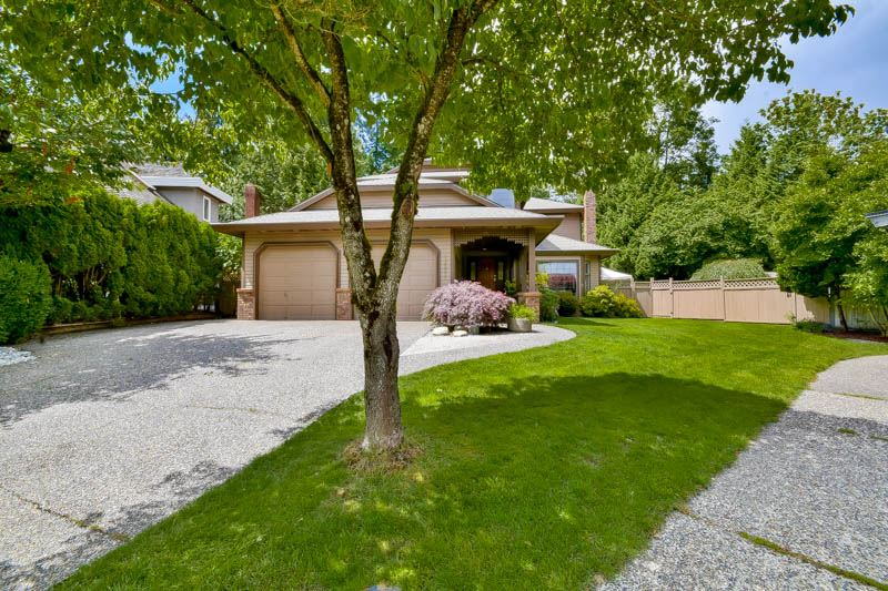 "Main Photo: 10521 ASHDOWN Place in Surrey: Fraser Heights House for sale in ""Glenwood Estates"" (North Surrey)  : MLS® # R2078331"