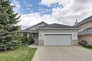 Main Photo: 229 Valley Ridge Green NW in Calgary: Bungalow for sale : MLS(r) # C3621000