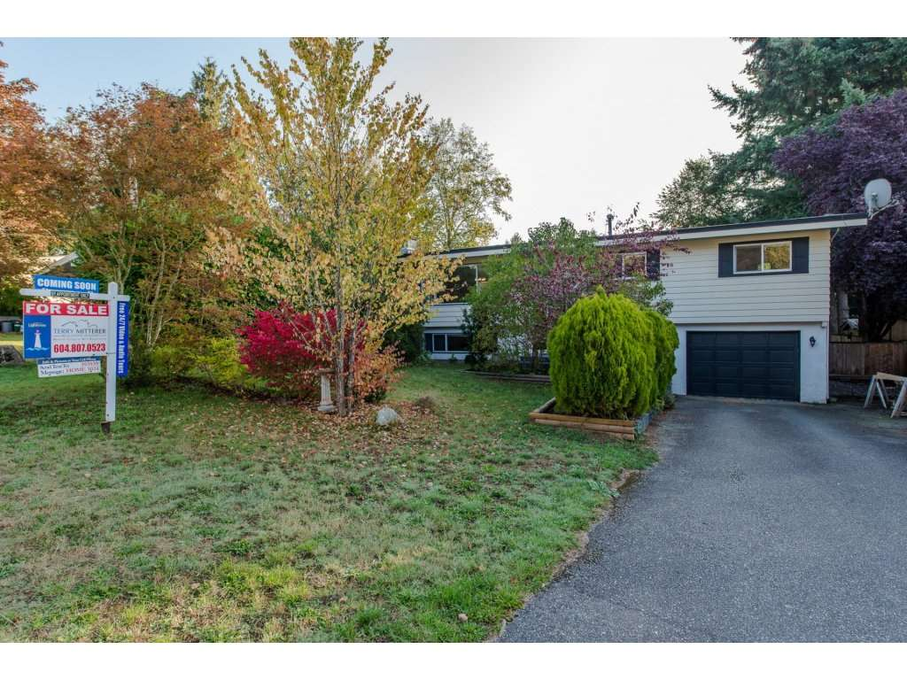 Main Photo: 2964 ASH Street in Abbotsford: Central Abbotsford House for sale : MLS(r) # R2113537