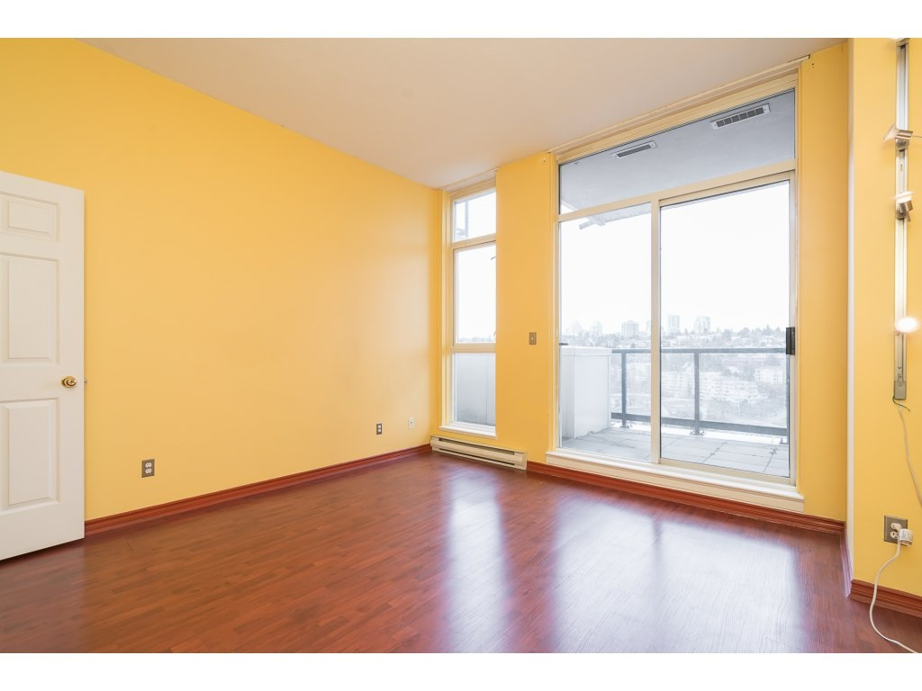 "Photo 14: 2105 10 LAGUNA Court in New Westminster: Quay Condo for sale in ""Laguna Court"" : MLS® # R2146993"