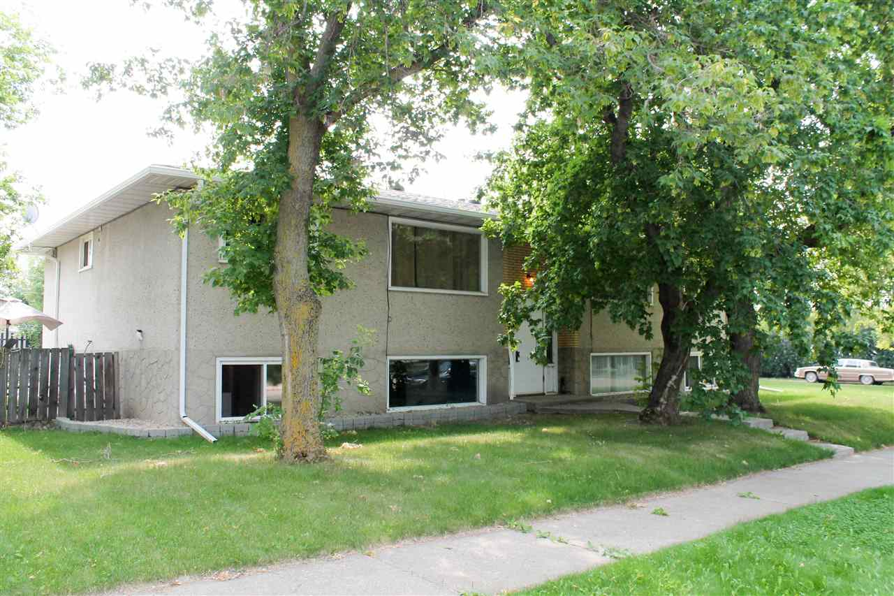 Main Photo: 7507 102 Avenue in Edmonton: Zone 19 House Fourplex for sale : MLS® # E4060514