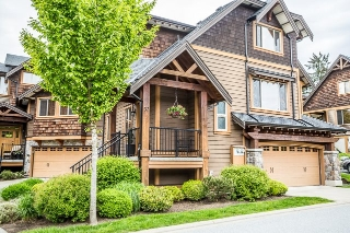 "Main Photo: 32 24185 106B Avenue in Maple Ridge: Albion Townhouse for sale in ""TRAILS EDGE"" : MLS® # R2165790"