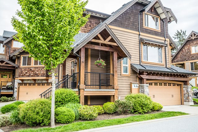 Trails Edge - Duplex style home situated in Maple Ridge's Premier townhome community