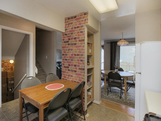 Main Photo:  in Edmonton: Zone 29 Townhouse for sale : MLS® # E4068714