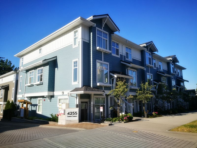 Main Photo: 210 4255 SARDIS Street in Burnaby: Central Park BS Townhouse for sale (Burnaby South)  : MLS®# R2194252