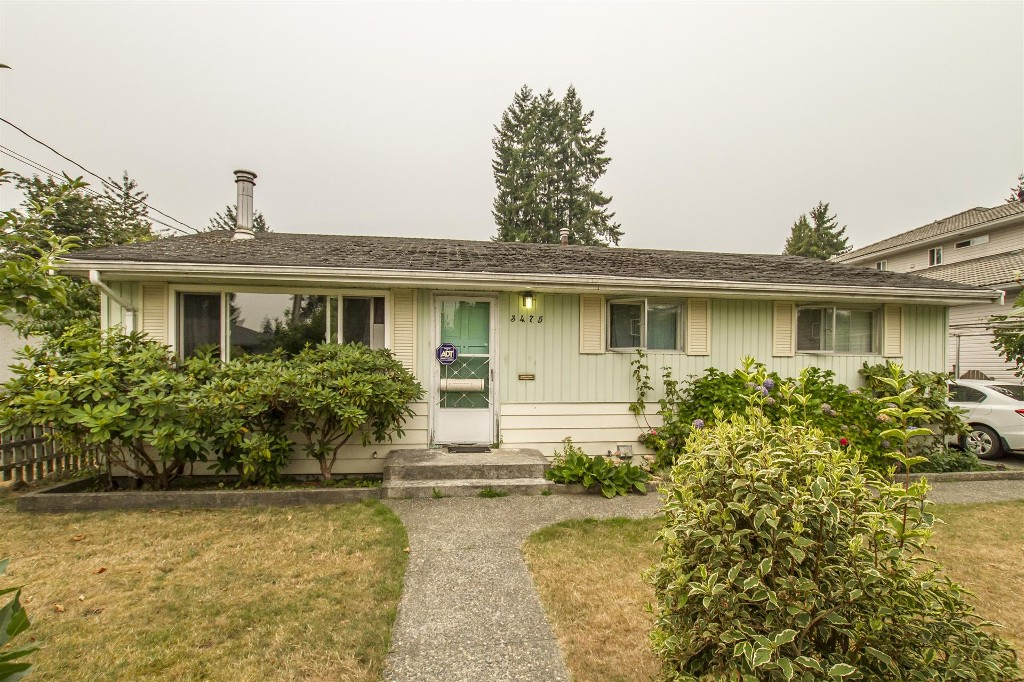 Main Photo: 3475 ST. ANNE Street in Port Coquitlam: Glenwood PQ House for sale : MLS® # R2204420