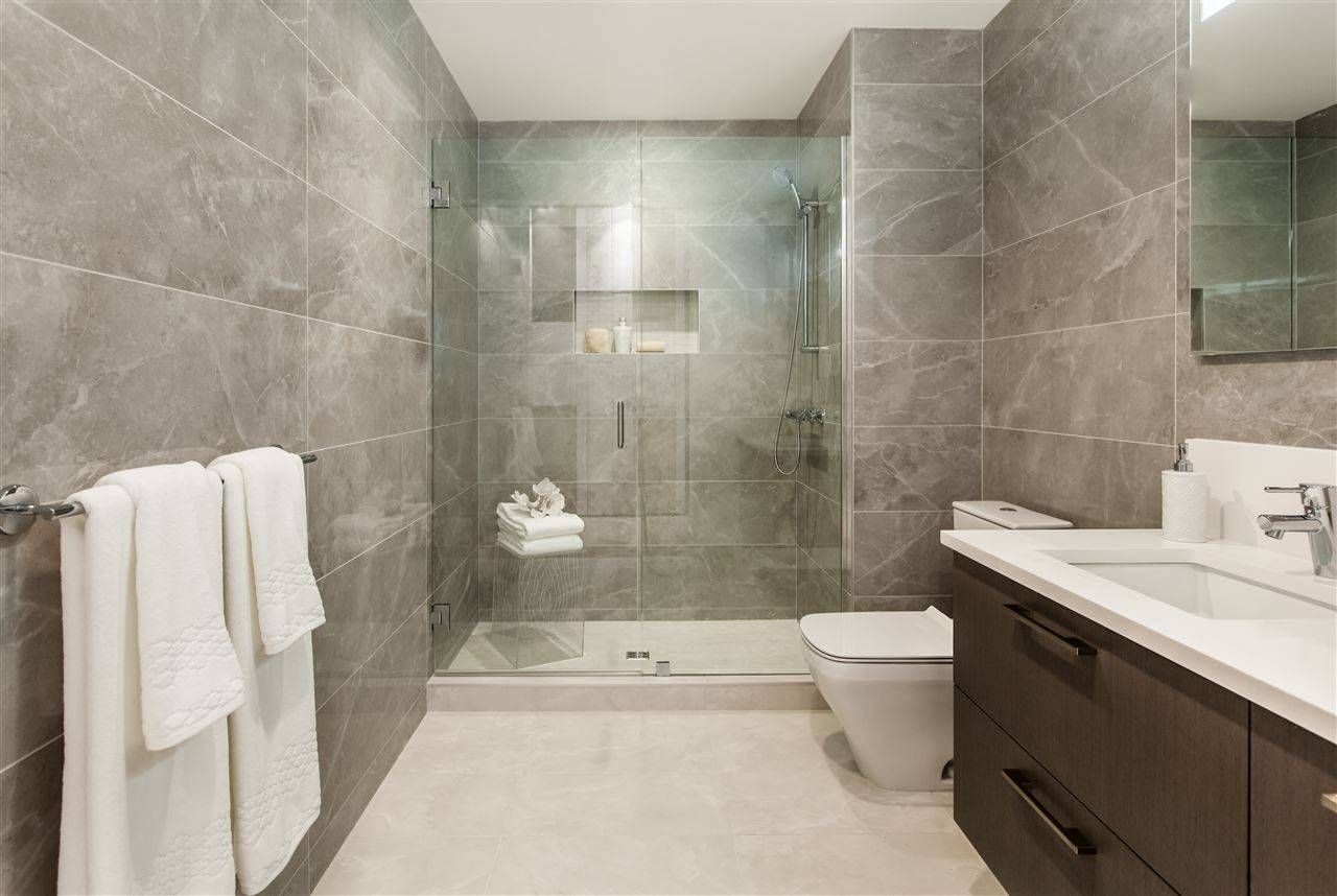 Photo 3: 483 487 26TH Avenue in Vancouver: South Cambie Townhouse for sale (Vancouver West)  : MLS® # R2205388