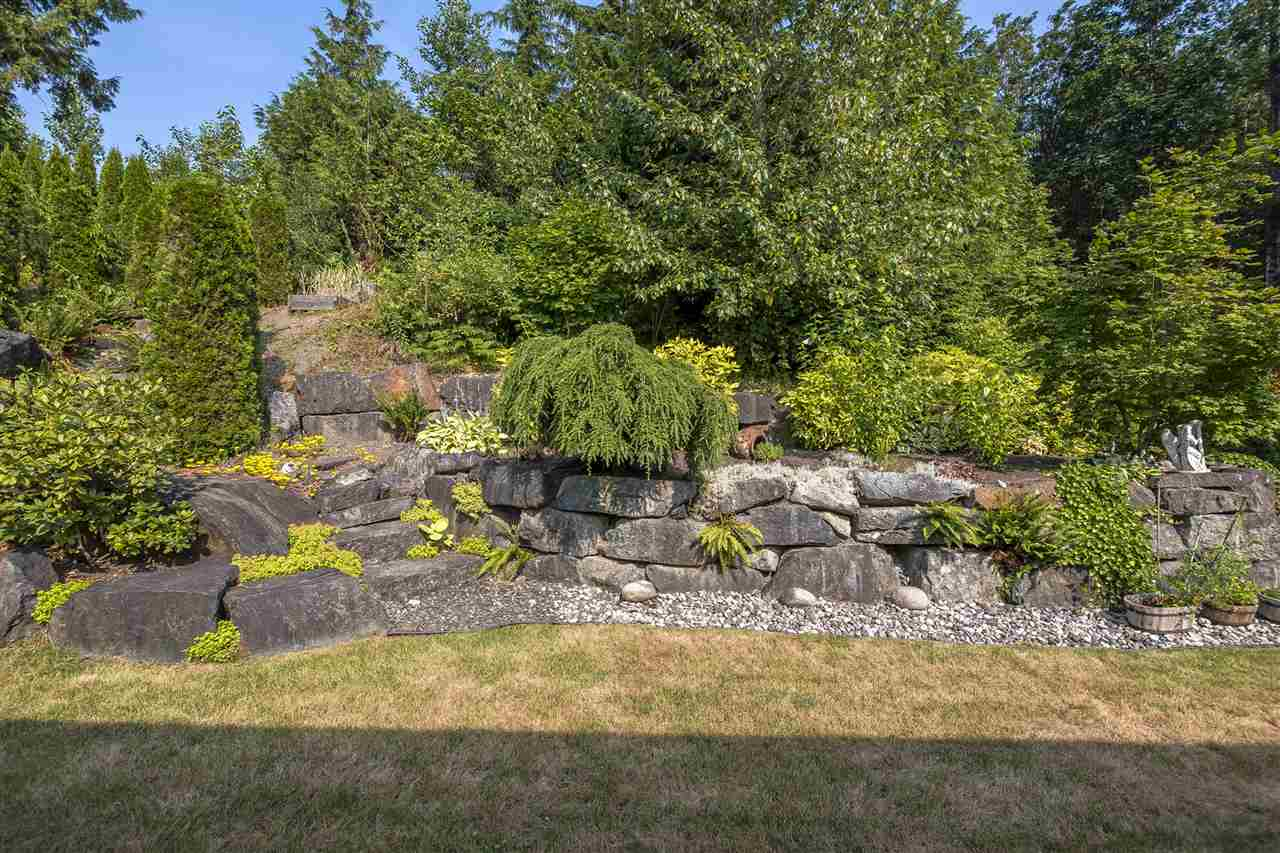 "Photo 18: Photos: 50942 FORD CREEK Place in Chilliwack: Eastern Hillsides House for sale in ""FORD CREEK"" : MLS® # R2209877"