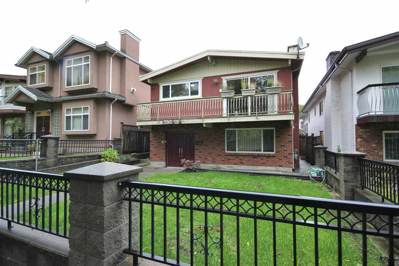 "Main Photo: 6626 INVERNESS Street in Vancouver: South Vancouver House for sale in ""SOUTH VANCOUVER"" (Vancouver East)  : MLS® # R2216679"