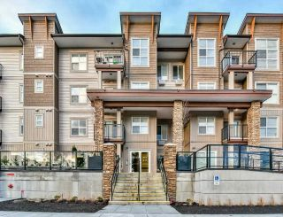 Main Photo: 209 20175 53 Avenue in Langley: Langley City Condo for sale : MLS® # R2226300