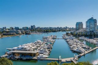 "Main Photo: 1106 1033 MARINASIDE Crescent in Vancouver: Yaletown Condo for sale in ""QUAYWEST"" (Vancouver West)  : MLS®# R2254880"