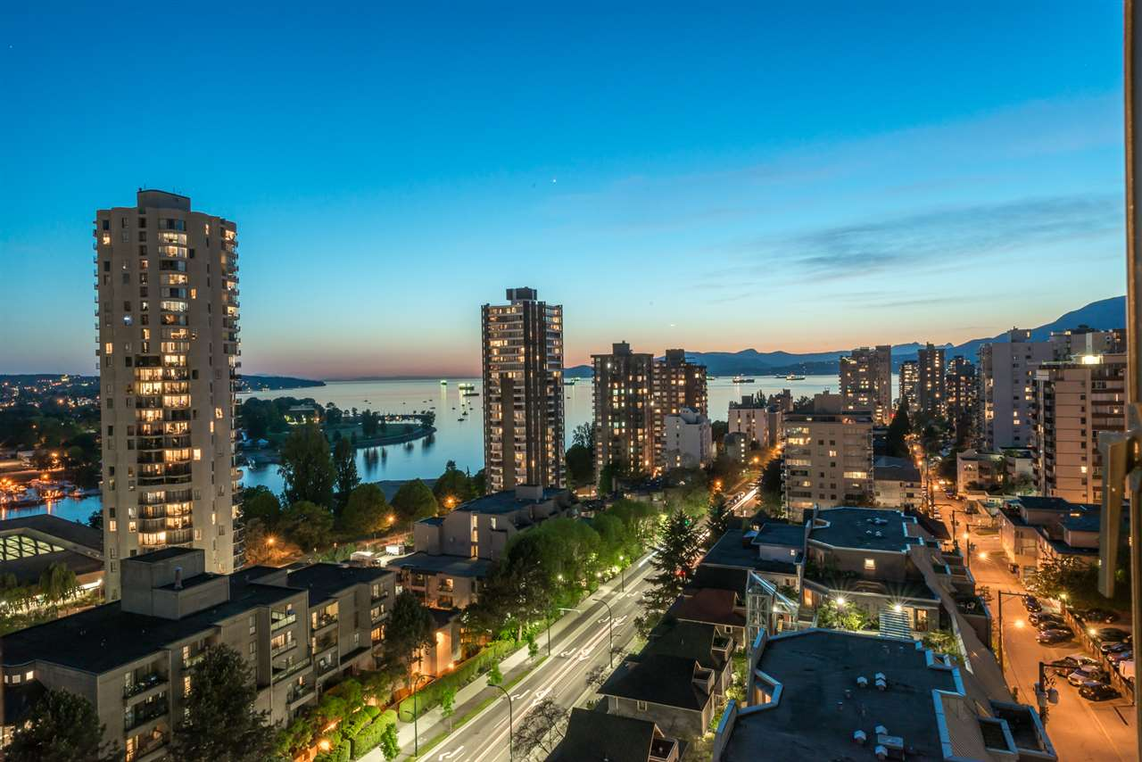 "Main Photo: 1606 1003 PACIFIC Street in Vancouver: West End VW Condo for sale in ""Seastar"" (Vancouver West)  : MLS®# R2269056"