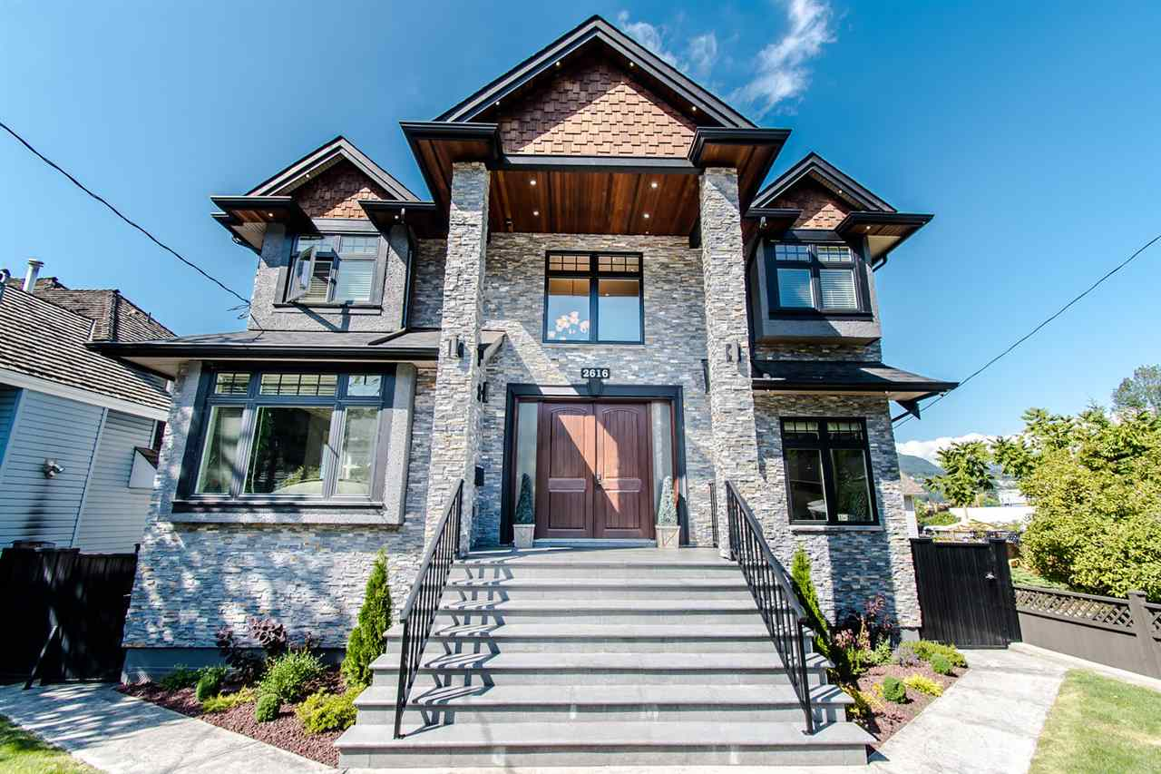 FEATURED LISTING: 2616 ST GEORGE Street Port Moody