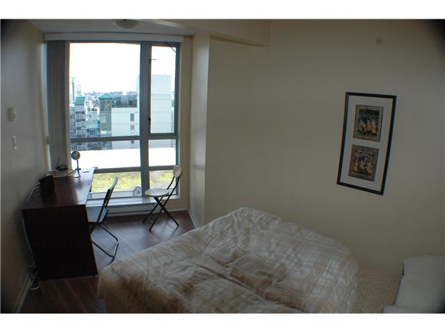 "Photo 6: 810 501 PACIFIC Street in Vancouver: Downtown VW Condo for sale in ""THE 501"" (Vancouver West)  : MLS® # V881976"