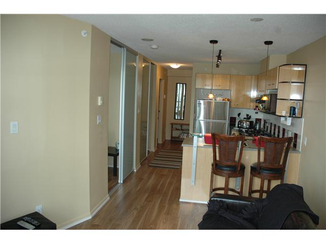 "Photo 3: 810 501 PACIFIC Street in Vancouver: Downtown VW Condo for sale in ""THE 501"" (Vancouver West)  : MLS® # V881976"
