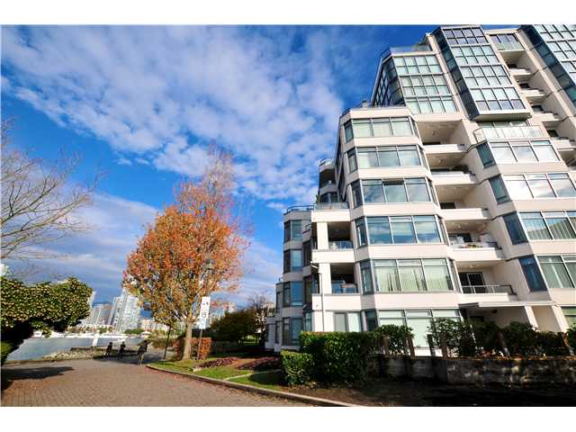 "Photo 9: 507 456 MOBERLY Road in Vancouver: False Creek Condo for sale in ""PACIFIC COVE"" (Vancouver West)  : MLS(r) # V919762"