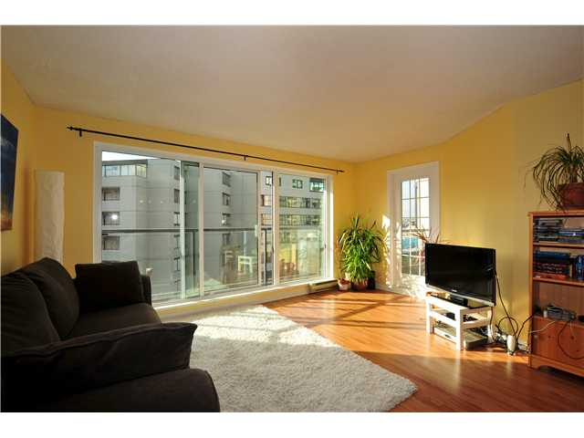 "Main Photo: 507 456 MOBERLY Road in Vancouver: False Creek Condo for sale in ""PACIFIC COVE"" (Vancouver West)  : MLS(r) # V919762"