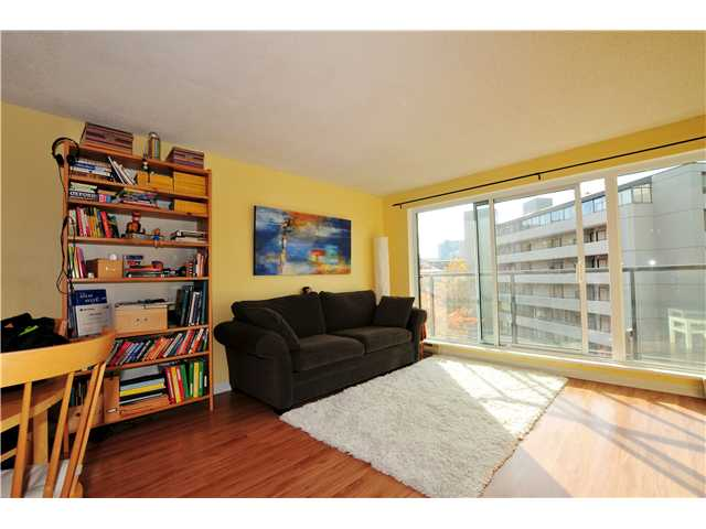 "Photo 2: 507 456 MOBERLY Road in Vancouver: False Creek Condo for sale in ""PACIFIC COVE"" (Vancouver West)  : MLS(r) # V919762"