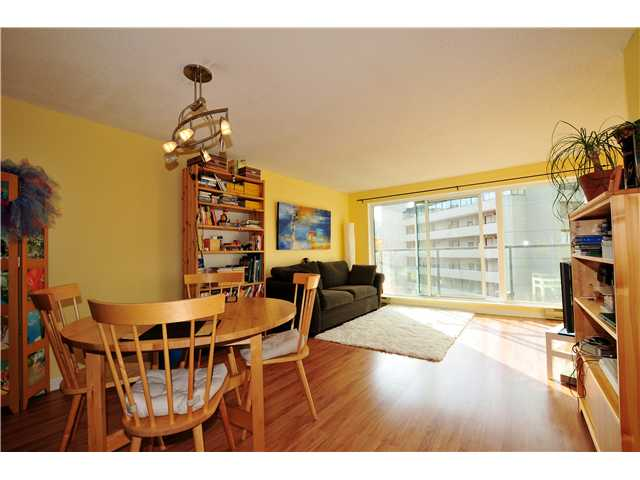 "Photo 3: 507 456 MOBERLY Road in Vancouver: False Creek Condo for sale in ""PACIFIC COVE"" (Vancouver West)  : MLS(r) # V919762"