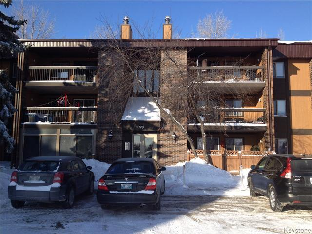 Main Photo: 140 Regis Drive in WINNIPEG: St Vital Condominium for sale (South East Winnipeg)  : MLS® # 1400062