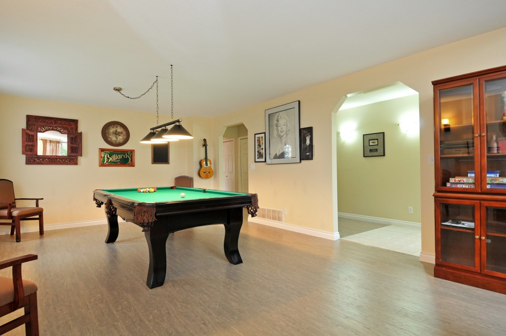 Photo 25: 18055 64TH Avenue in Surrey: Cloverdale BC House for sale (Cloverdale)  : MLS(r) # F1405345