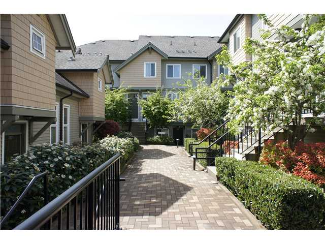 "Main Photo: 208 4238 ALBERT Street in Burnaby: Vancouver Heights Townhouse for sale in ""VILLAGIO"" (Burnaby North)  : MLS® # V1068687"