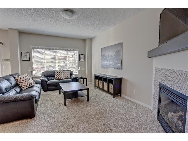 Photo 6: 258 HILLCREST Circle SW: Airdrie House for sale : MLS® # C4016316