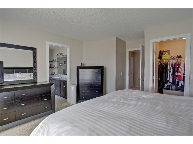 Photo 12: 258 HILLCREST Circle SW: Airdrie House for sale : MLS® # C4016316