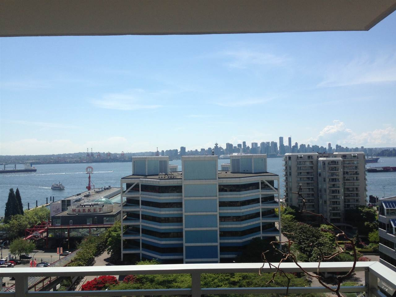 "Main Photo: 1003 155 W 1ST Street in North Vancouver: Lower Lonsdale Condo for sale in ""Time"" : MLS® # R2081956"
