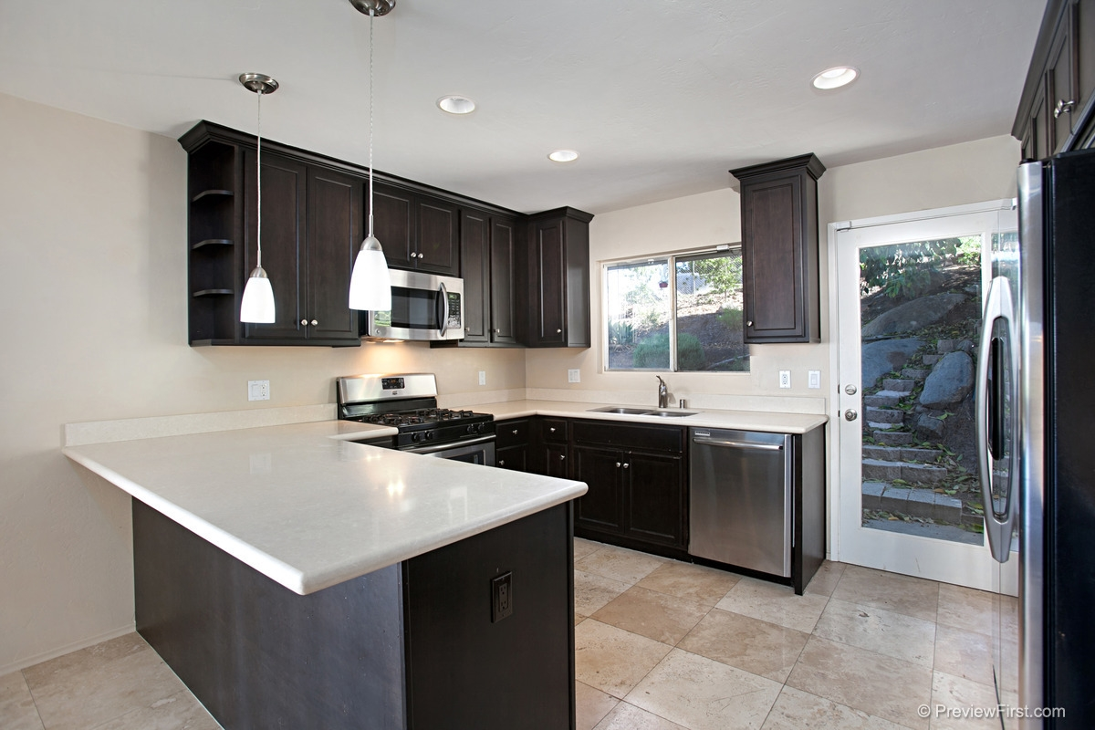 Photo 9: MOUNT HELIX House for rent : 4 bedrooms : 11211 Constellation Drive in El Cajon