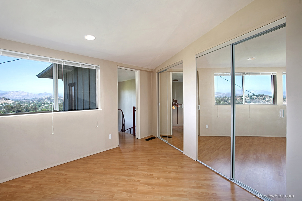 Photo 13: MOUNT HELIX House for rent : 4 bedrooms : 11211 Constellation Drive in El Cajon