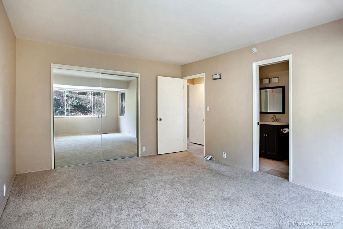 Photo 14: MOUNT HELIX House for rent : 4 bedrooms : 11211 Constellation Drive in El Cajon
