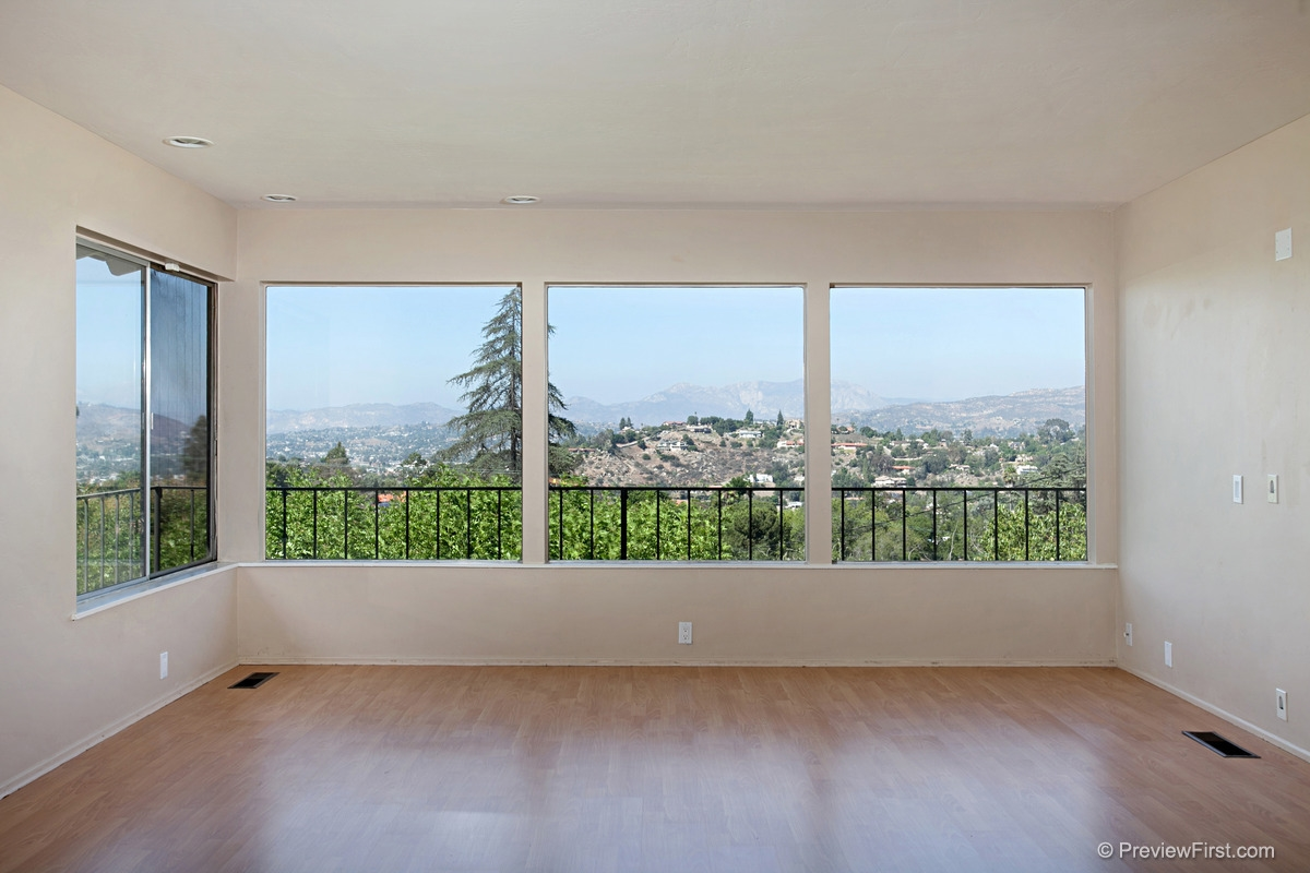Photo 5: MOUNT HELIX House for rent : 4 bedrooms : 11211 Constellation Drive in El Cajon